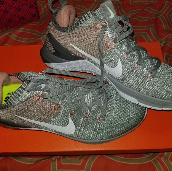 006f23cc0ec Womens Nike Metcon DSX Flyknit 2